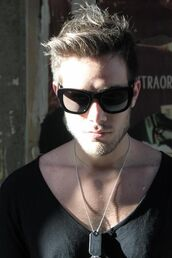 sunglasses,shades,black shades,dark,dark sunglasses,menswear