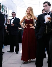 red dress,cut-out,dress,dreas,love,red,prom dress,blake lively,gossip girl,long,cute,bandeau,dark red,dark,girl,cranberry,chiffon,serena red dress,celebrity style,cut-out dress,long prom dress,team blake,red carpet,burgundy dress,gossip girl blair dress,blake lively dress,gown,side cut out red dress,serena,style,serena van der woodsen,fashion,party dress,cocktail dress,amazing,maxi dress,vanderwoodsen,red prom dress,formal dress