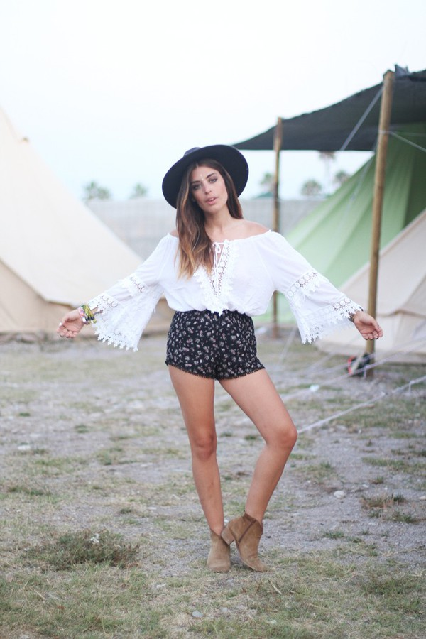 dulceida blouse shoes jewels blogger hippie boho shorts floral festival summer outfits hat flower print shorts gypsy