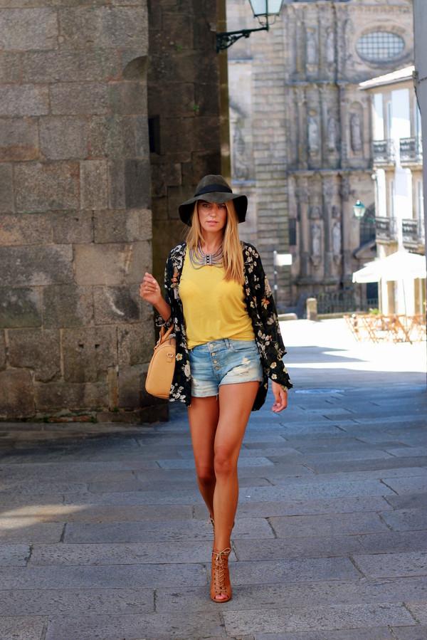 tu nuevo look blogger bag jewels t-shirt shoes
