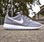 nike grey roshe runs,shoes