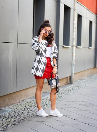 samieze blogger skirt coat shirt bag shoes sunglasses
