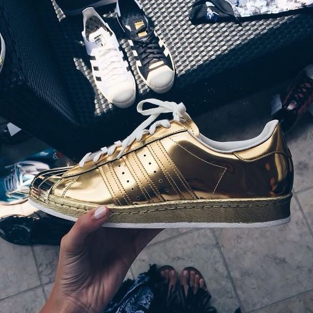 shoes sneakers boots gold adidas superstar style gold adidas trill metallic shoes adidas shoes adidas superstars girl women sneakers fashion swag gold sneakers adidas originals adidas sweater abercrombie & fitch holographic hollister gold dress gold sequins gold ring gold chain gold jewelry