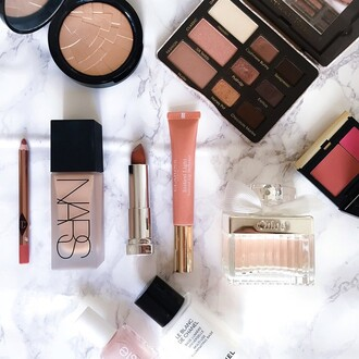 make-up chloe clarins charlotte tilbury