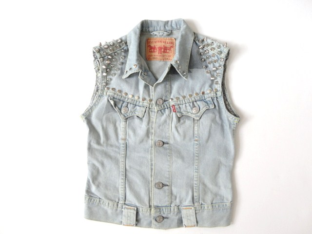 Strut Clothing |   Vintage Levi Sleeveless Studded Denim Jacket – UK 12, Chest 36″