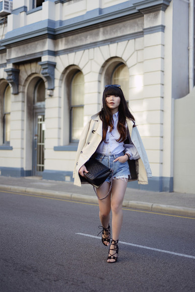 bag peep toe blogger pale division denim shorts beige