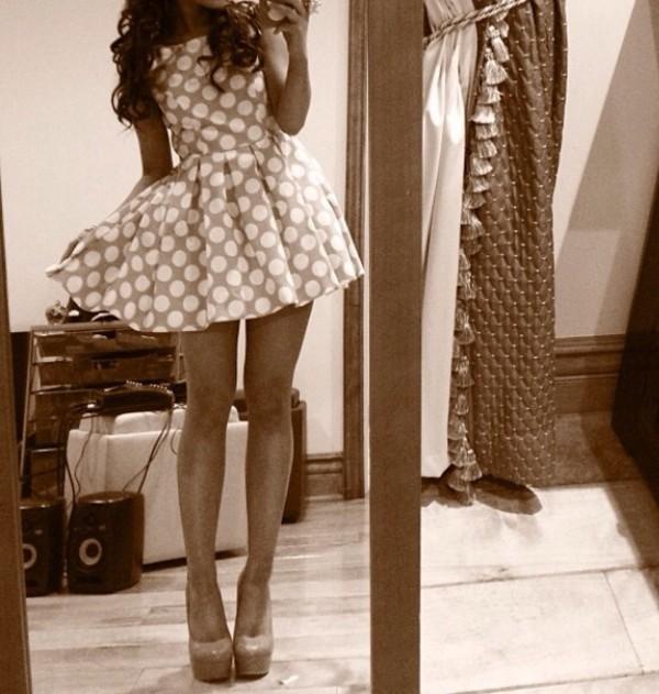 dress ariana grande shoes