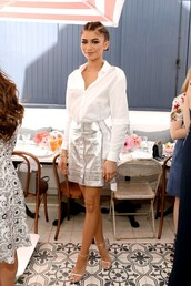 shoes,sandals,zendaya,mini skirt,metallic,silver,shirt,blouse,Silver sandals,silver high heels sandals