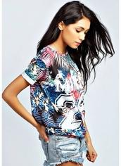 t-shirt,colorful,24,top,shorts