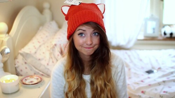 zoe sugg fox orange youtuber