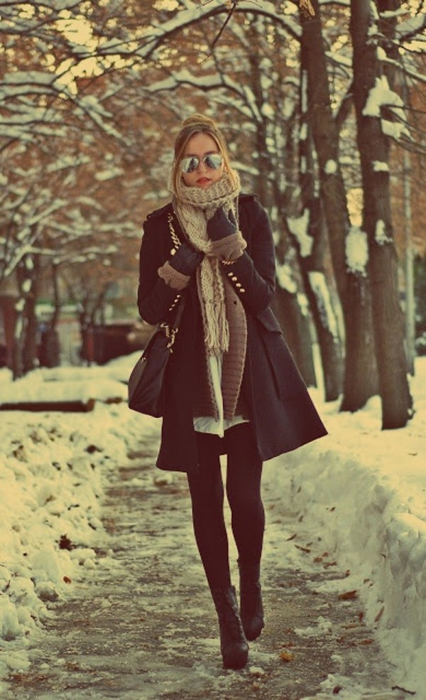 shoes jacket scarf coat beautiful coat black winter outfits winter outfits streetstyle style fall outfits december