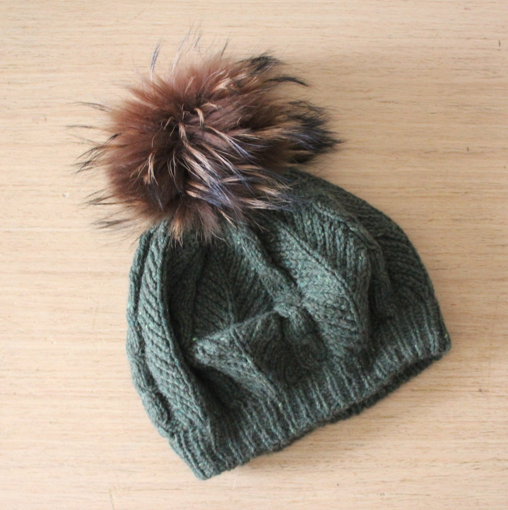 ee5621b0705 Green cashmere beanie beret with raccoon fur pom pom