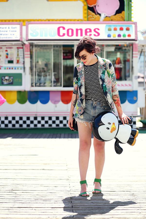 keiko lynn jacket t-shirt bag sunglasses shoes
