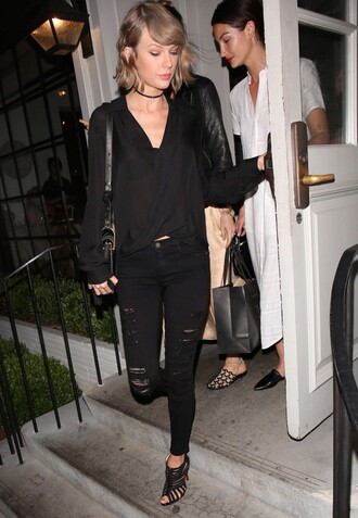 blouse taylor swift all black everything sandals jeans black jeans spring outfits choker necklace jewels necklace ripped jeans jewelry black choker celebrity style celebrity celebstyle for less black