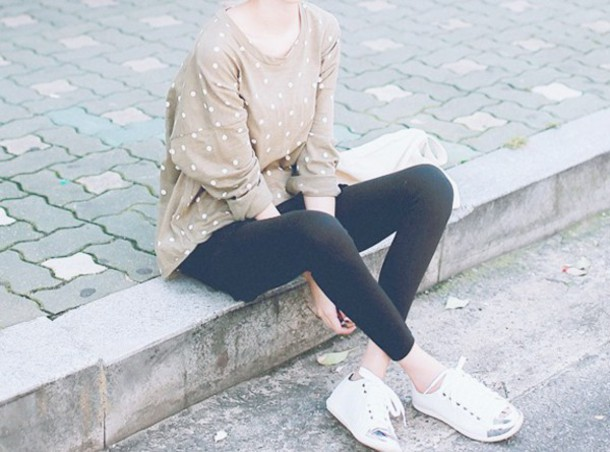 sweater brown white cute girl kfashion long sleeves long sleeved sweater brown sweater polka dots polka dot sweater white sweater white polka dots korean fashion korean fashion shoes