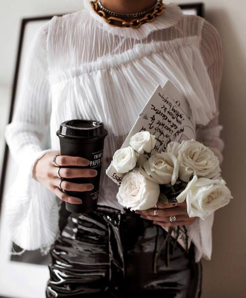 jewels, blouse, ruffled top, tumblr, ring, knuckle ring ...