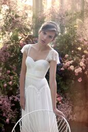 dress,wedding dress,hipster wedding,country wedding,white,white dress,wedding,short sleeve,lace,prom,sweat heart,slim fit,corset,corset dress,graduation dresses,graduation,sweatheart neckline,embroidered,embroidered dress,heart neckline