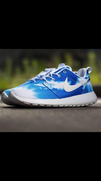 shoes nike roshe run clouds
