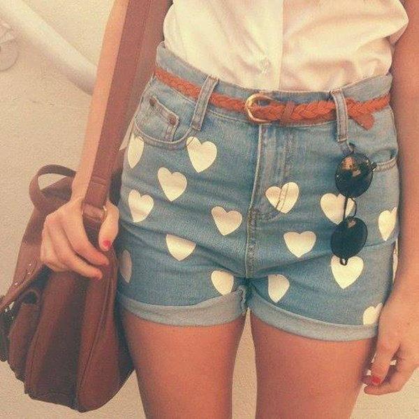 shorts white heart High waisted shorts acid wash hipster heart sunglasses belt bag romwe denim print romwe shorts light blue jeans hot pants vintage cute girly weheartit denim shorts coeur fvkin shorts with hearts cuffed shorts white shirt white hearts folded brown shoulder bag brown leather bag shoulder bag brown shoulder tote bag mustard jumper yellow ripped shirt High waisted shorts