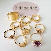 jewels,ring,rihanna nails,gold,gold ring,gold jewelry,itsit clothing,iggy azalea