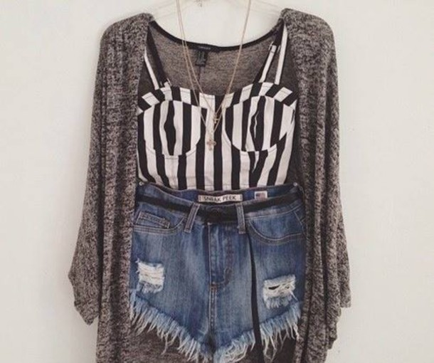 Jeans: black and white, crop tops, crop tops, sweater, shorts ...