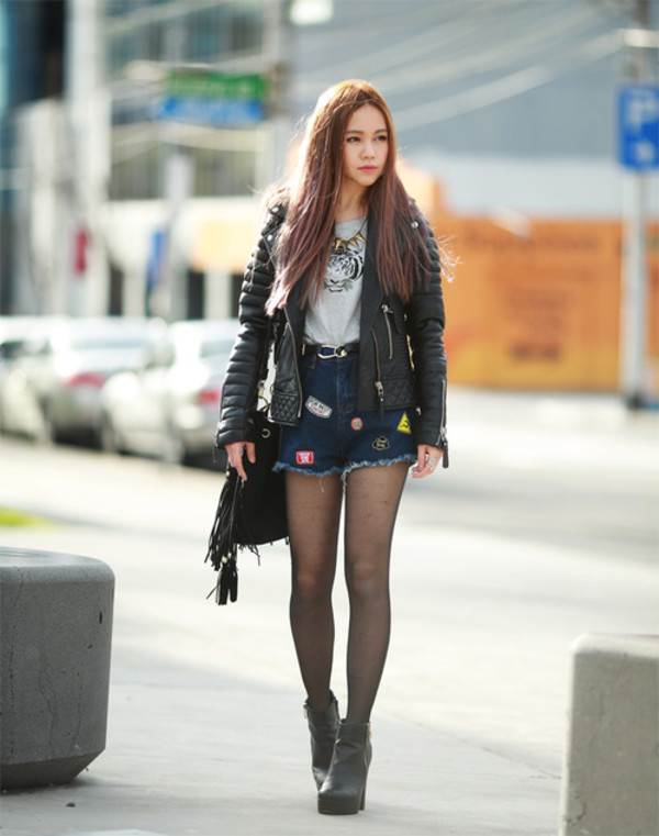 chloe ting blogger jacket t-shirt shoes leather jacket denim shorts