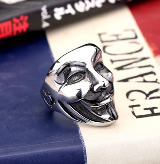 jewels personality ring cool boy ring big big ring knuckle ring skull ring gas mask ring stainless steel ring