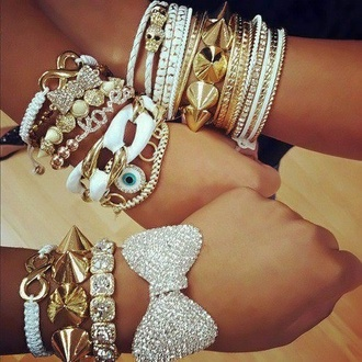 jewels bracelets bows studs