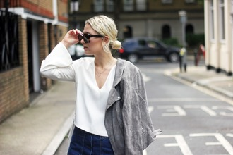 maisie ivy blogger sunglasses celine minimalist jewelry