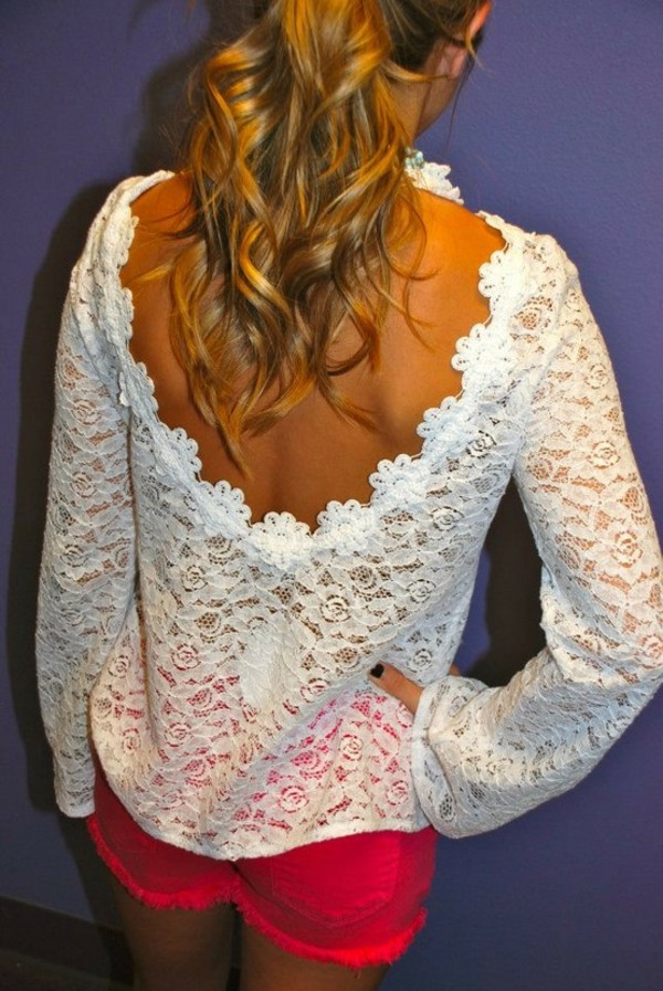 blouse scoop back white pretty lace loose loose shirt beautiful flowy flowy top top