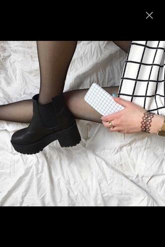 shoes black heels black heels high heels skirt