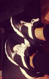 shoes,chanel,sneakers,black and white