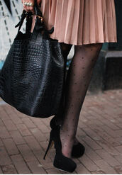 black shoes,shoes,leather,crocodile,bag