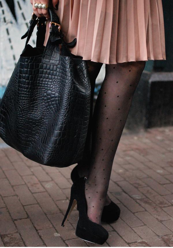 black shoes shoes leather crocodile bag