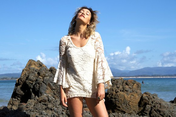 dress sunshine summer boho chic hippie accessoires fashion lace dress boho beach blue skie milk the goat