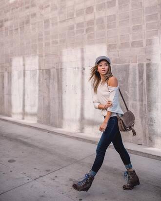 shoes winter boots hat tumblr boots denim jeans blue jeans top white top bag cap