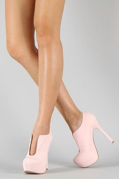 Shoes: pink, booties, boots, high heels, heels, fashion, pretty ...