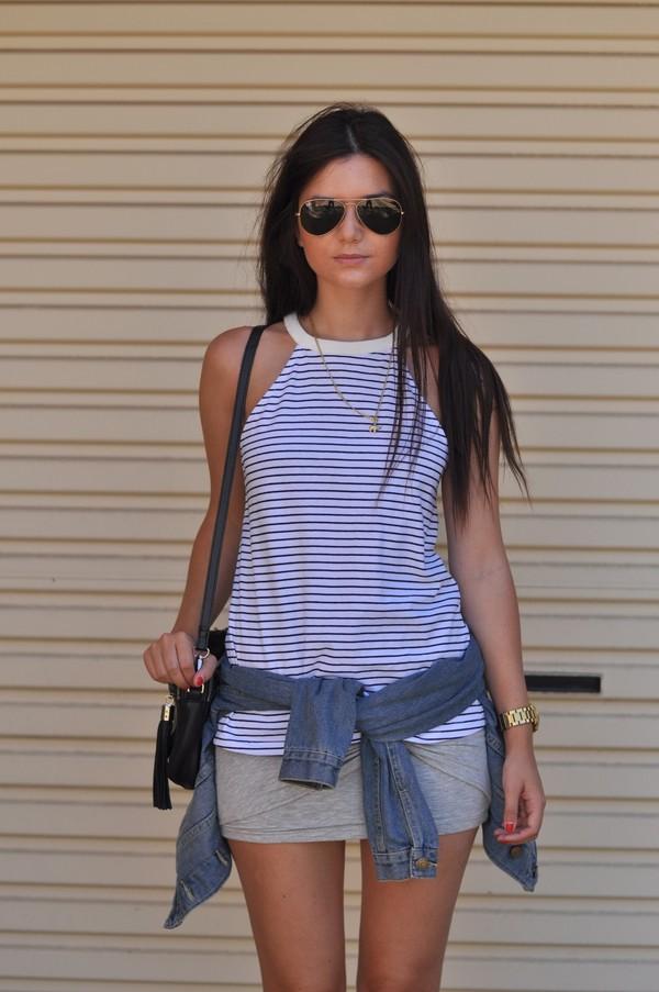le flassh t-shirt skirt shoes