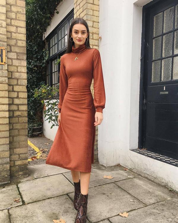 dress orange dress ankle boots gold jewelry streetstyle