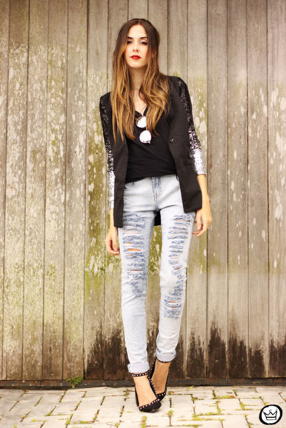 fashion coolture blogger jacket grey jeans ripped jeans