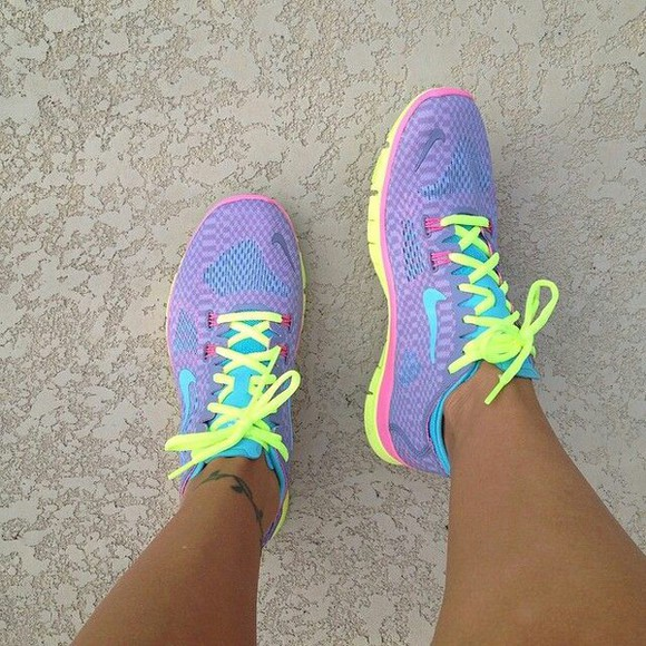 shoes yellow shoes blue shoes nike running shoes sneakers colorful purple shoes pink shoes neon neon shoes nike running shoes nike air pastel pastel pink pastels violet lightpurple fluorescent nike free run yellow purple pink blue nike sneakers