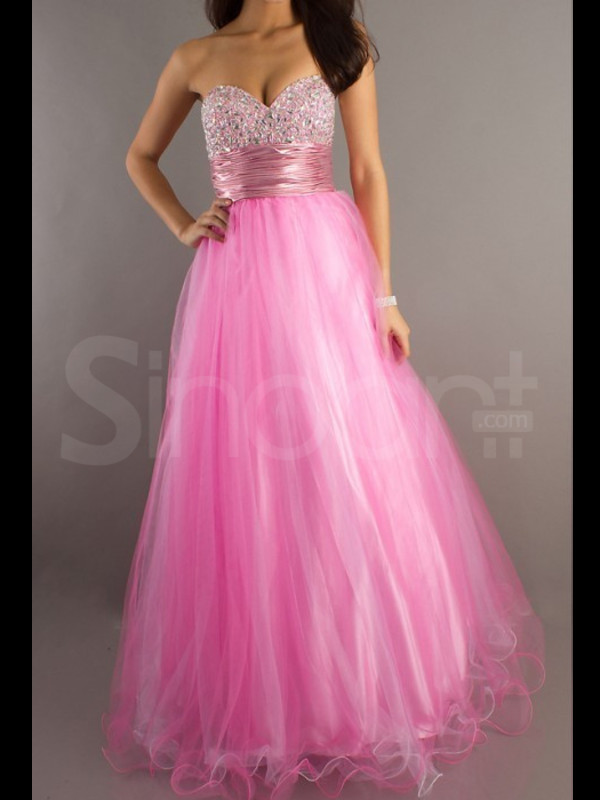 dress fit for prom and graduation sweetheart and natural have some rhinestones