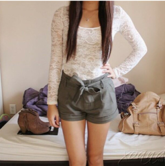khaki shorts bow shorts bow lace khaki shorts cute pretty girly shirt