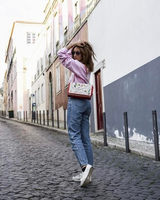 sweater french girl pink sweater denim jeans blue blue jeans sneakers white sneakers bag printed bag sunglasses