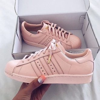 shoes adidas superstars addidas shoes gold  and rose adidas pink superstar pastel pink gold pink sneakers adidas supercolor low top sneakers