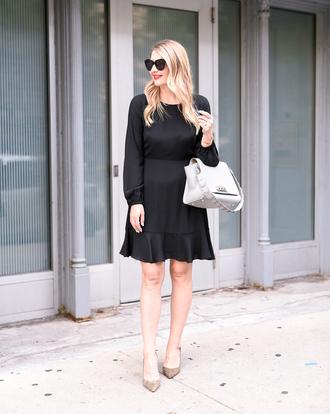 visions of vogue blogger dress shoes bag sunglasses jewels white bag handbag pumps black dress mini dress long sleeve dress
