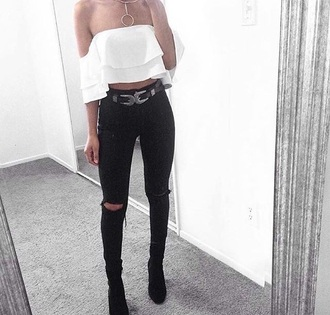 top white off the shoulder top wavery white top off the shoulder funny beauty organizer pretty i want you to know fashion fashion toast model style style scrapbook jewels necklace gold necklace choker necklace gold choker jewelry jeans belt black grey blouse no shoulders crop flows