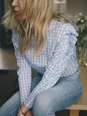 blouse,ruffled top,jeans,bracelets,tumblr,gingham,ruffle,denim,blue jeans,All blue outfit,gold bracelet,jewelry,gold jewelry,blonde hair,hair,monochrome outfit