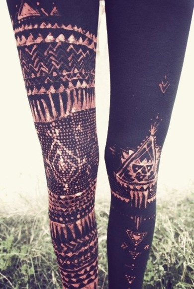 pants hipster black leggings aztec printed leggings black leggings aztec leggings skinny pants grunge soft grunge vintage grunge fashion indie indie style leggins pattern white brown winter triangle leggings, tribal, black, tribal print leggings tights patterned