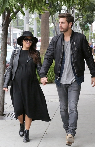 dress maternity maternity dress kourtney kardashian fall outfits shoes jacket hat fedora sunglasses